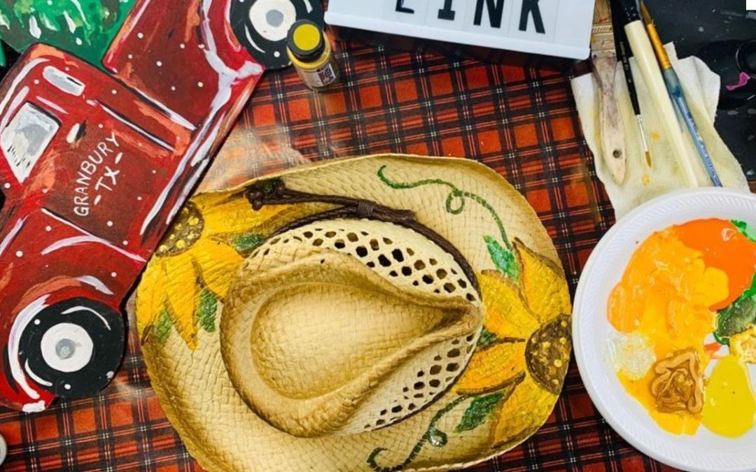 PAINT A STRAW HAT IN ONLY 20 MINUTES!