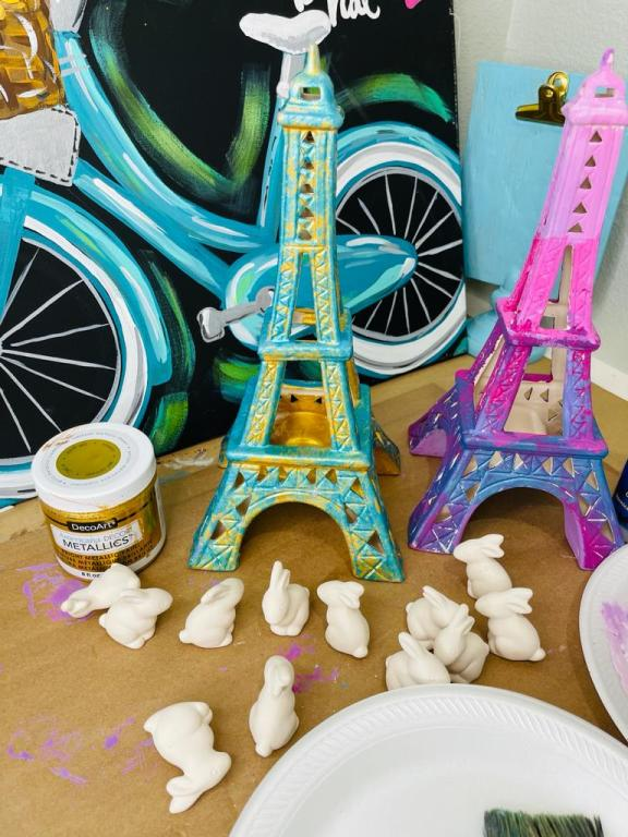 painted ceramic eiffel towers with unpainted ceramic bunnies