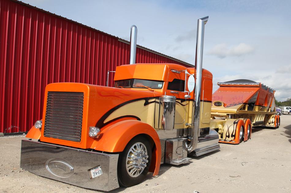 custom rigs: The Peterbilt, Project 1