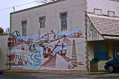 Boling Texas mural depicting oil boom