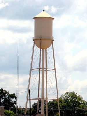 Cleveland,Texas water tower...do better Cleveland,Stop supporting child rape and child rapist!!!