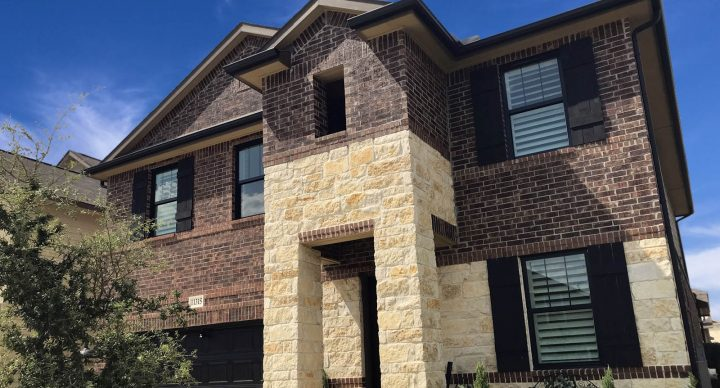 Upgrading Your Home: Vinyl or Aluminum Windows, Which is Better?