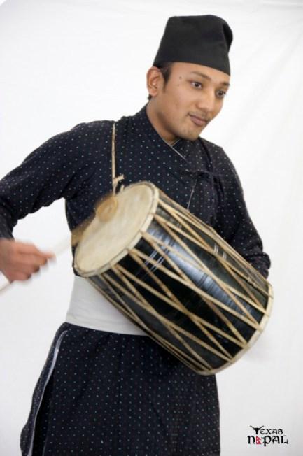 newari-cultural-dress-photo-irving-texas-20110227-15