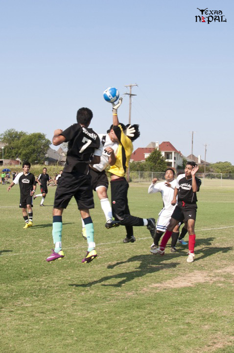 dallas-gurkhas-vs-everest-soccer-20110612-18