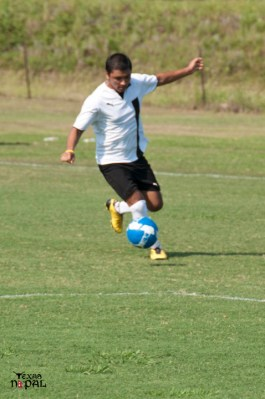 dallas-gurkhas-vs-everest-soccer-20110612-29