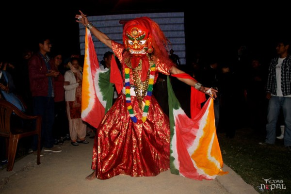 momo-mania-kathmandu-20120310-97