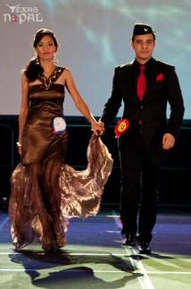 ana-fashion-extravaganza-20120630-142