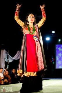 ana-fashion-extravaganza-20120630-33