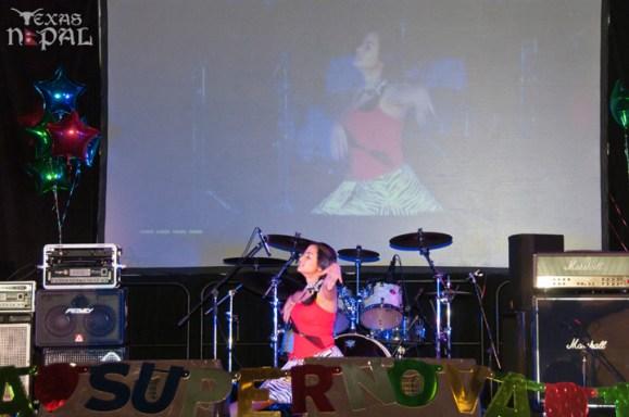 ana-supernova-talent-show-20120629-41