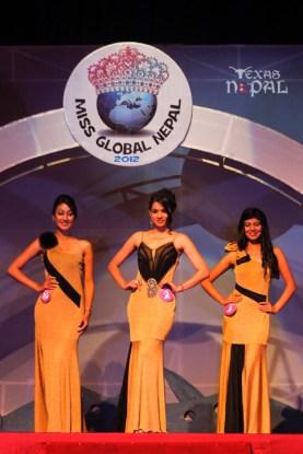 miss-global-nepal-2012-36