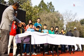 momo-mania-kathmandu-20130223-16