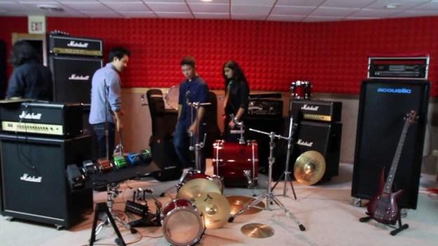 Jharkine Kanchhi by Nisarga [Music Video]