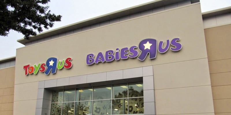 Toys R Us Spent Years Contributing To America S Largest Business And Now Doesn T Have Enough Customers