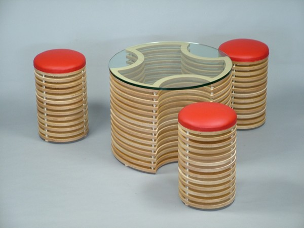 Αυθεντικό σετ 3D επίπλου καφέ με τραπέζι  και σκαμπώ
