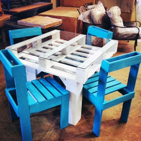 diy παλετοκατασκευή τραπεζάκι  με καρέκλες για τον κήπο1