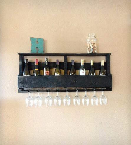 Diy ράφια κρασιών από παλέτες5