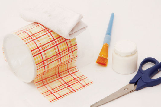 αποθήκευση πετσετών σε decoupaged δοχεία10
