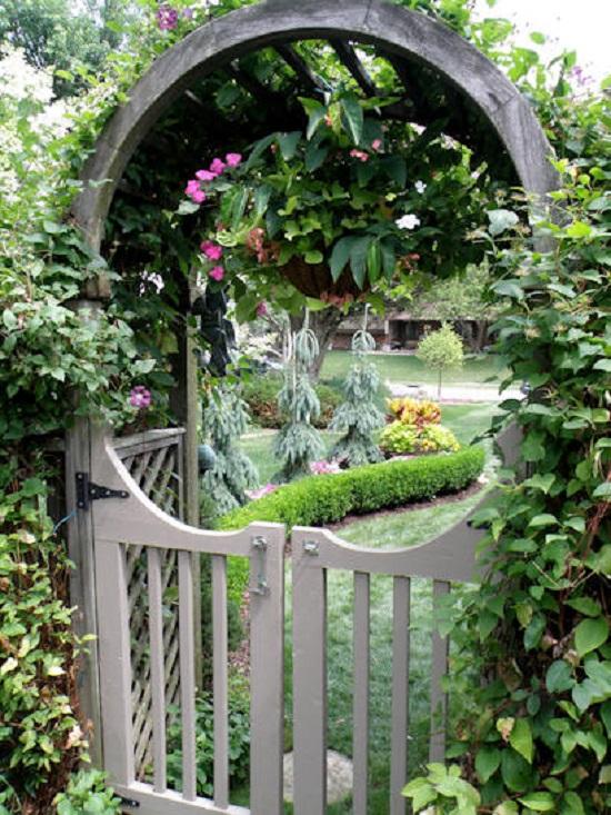 Μαγικές Πύλες του Φεγγαριού στον Κήπο21