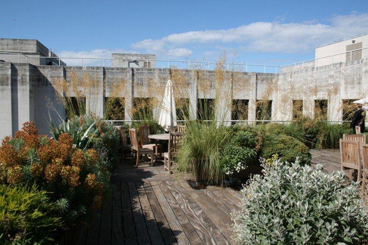 Κήπος στην ταράτσα ιδέες59