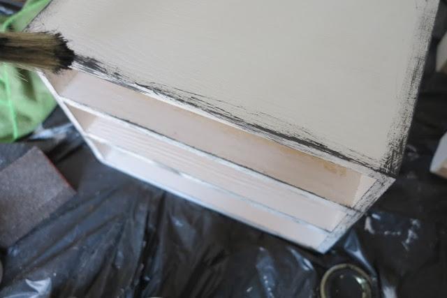 DIY Vintage συρτάρια με τεχνική πατίνας5