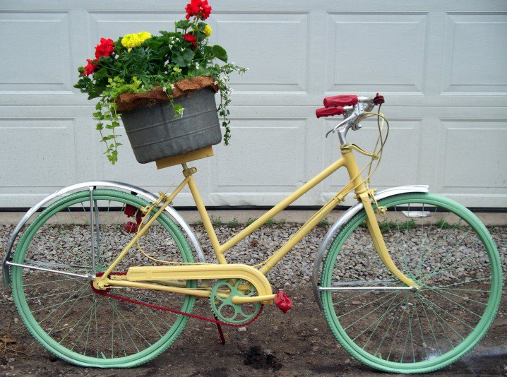διακόσμηση κήπου με ποδήλατα7