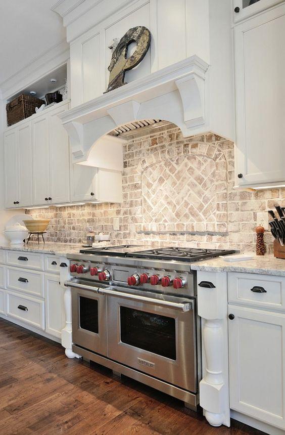 ιδέες με πέτρες, τούβλα και βότσαλα για τοίχους κουζίνας51