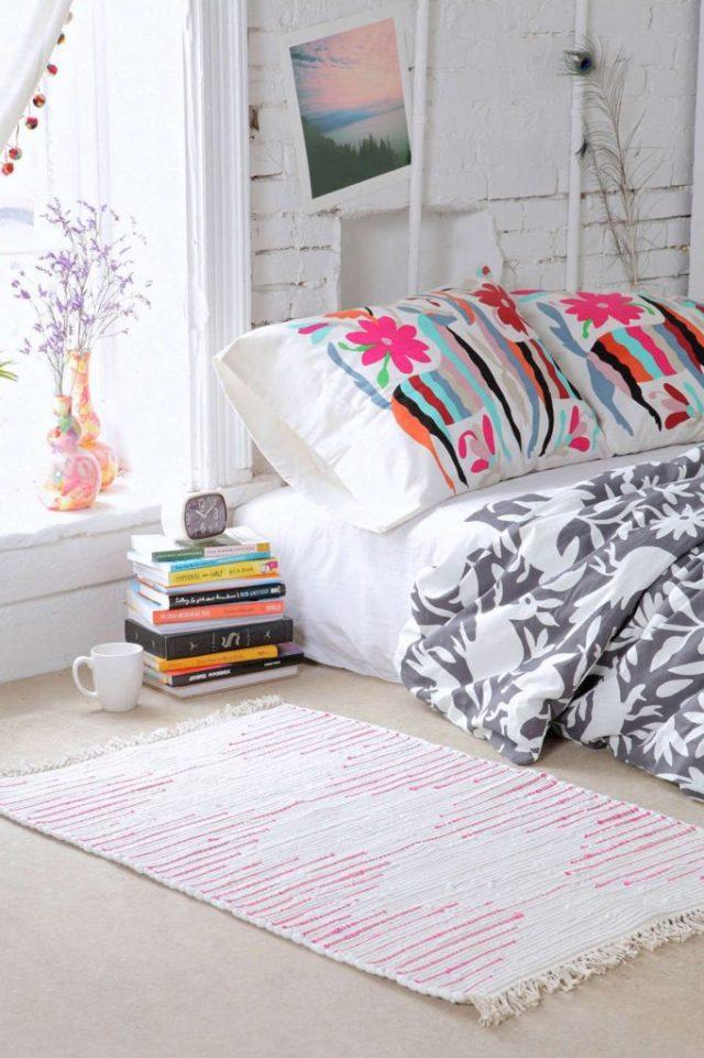 Κρεβάτι στο πάτωμα1