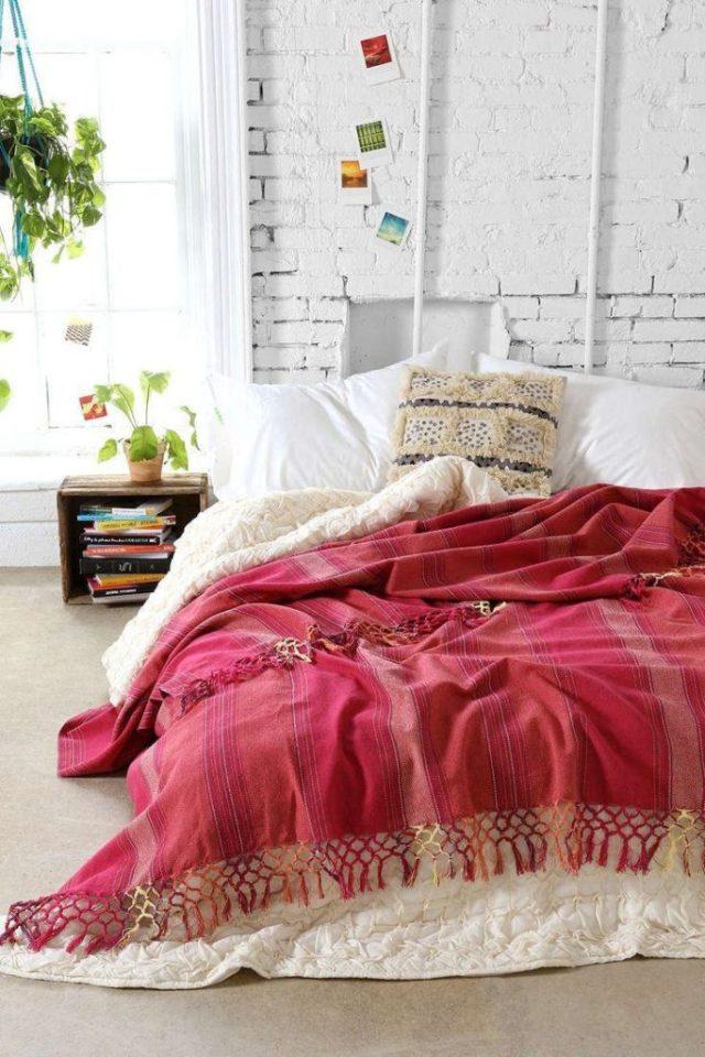 Κρεβάτι στο πάτωμα3