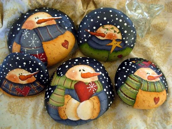 Χριστουγεννιάτικη ζωγραφική σε πέτρες και βότσαλα60