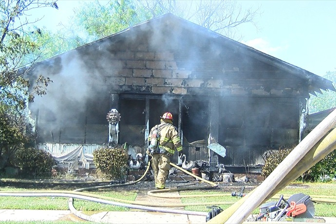 House Fire on 6th St._3718760996446487844