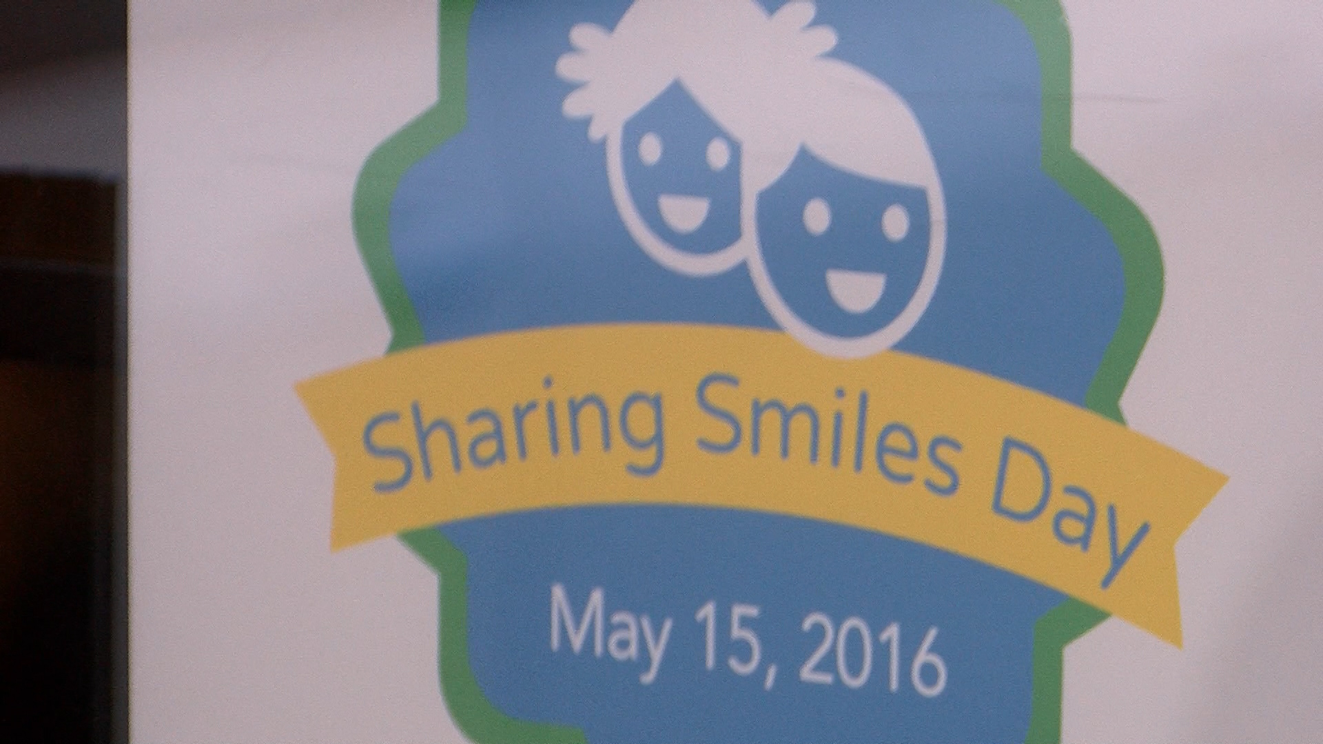sharingsmilesday_1463340790797.jpg