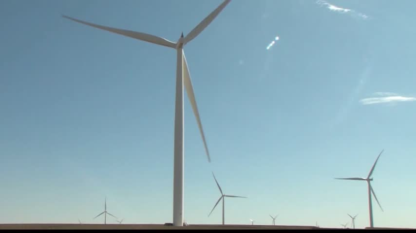 WIND FARM 10 PM PKG_28752261