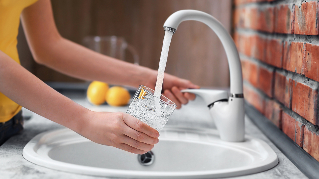 faucet_1507651023201_306692_ver1_20171011055601-159532
