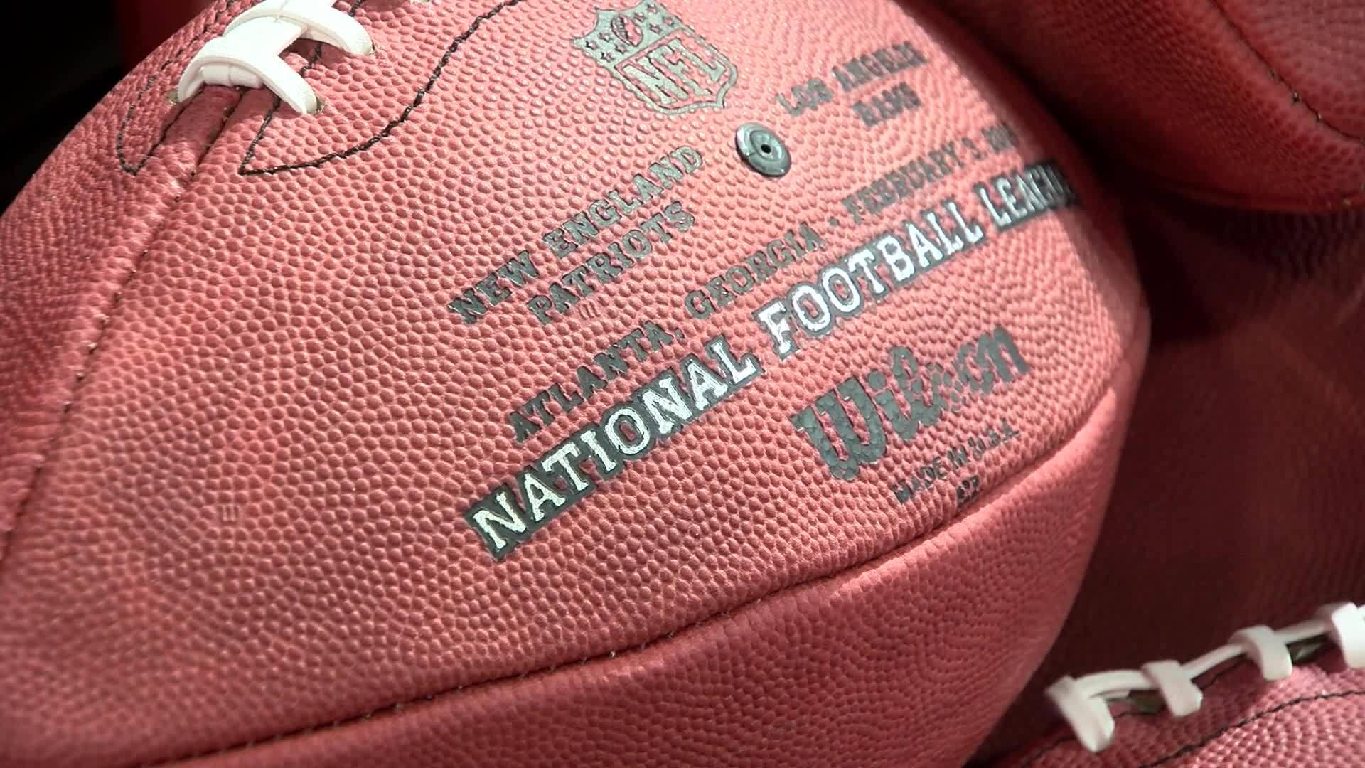 Making_NFL_game_balls_0_20190201150508