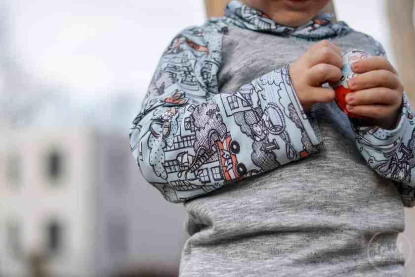 Kinderoutfit aus Walkhose und Sweater nähen - Bild 5 – textilsucht.de