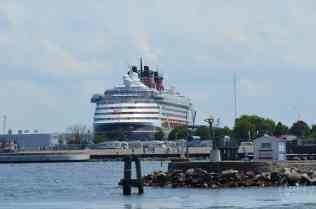 Sommerurlaub mit Kindern - Rostock Warnemünde Hafen