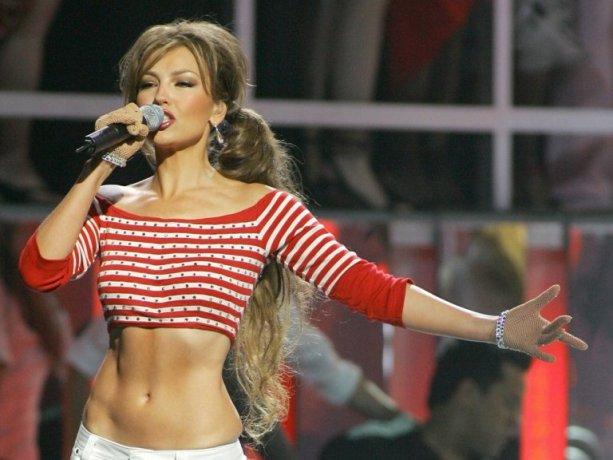 Thalía se caracteriza por mantener una figura que no refleja el paso de los años.
