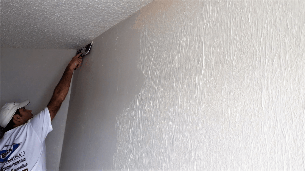 How to get rid of ugly drywall texture with a Skim Coat for a ...