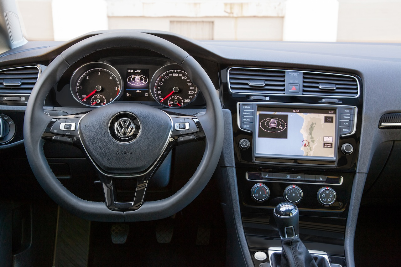 2015 Volkswagen Golf SportWagen Comes To New York As A