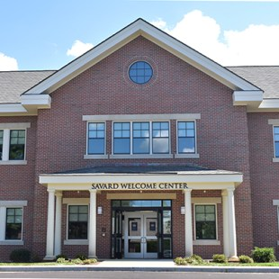 Saint Anselm College – Savard Welcome Center