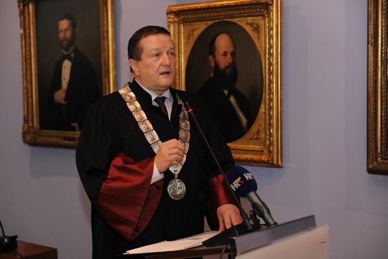 Rektor prof. dr. sc. Damir Boras