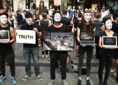 "Primo ""Cube of Truth"" con gli Anymous for the Voiceless a Caltanissetta"