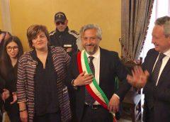 """Caltanissetta. Si insedia il nuovo sindaco Roberto Gambino: """"Il merito è dei cittadini liberi. Adesso subito a lavoro"""""""