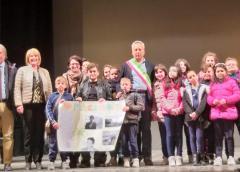 Gli alunni del King di Caltanissetta rendono omaggio alla memoria del sindaco Michele Abbate