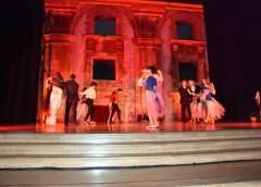 """Teatro, successo per gli studenti dell'IISS """"L. Russo"""" di Caltanissetta con """"Il ratto di Proserpina"""""""