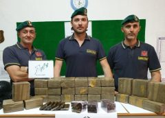 Guardia di Finanza di Gela, arrestata donna con 30 chili di hashish