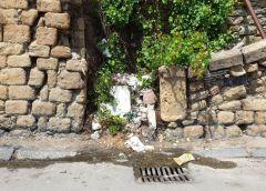 """Cattivo odore proveniente dalle fogne in Via Redentore: """"Situazione insopportabile"""" affermano in residenti"""