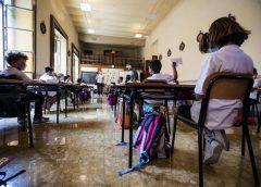 Coronavirus, per le scuole siciliane partenza col brivido: un caso anche tra gli alunni, arrivano i test rapidi
