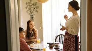 Melody Johnson, Jeni Ross, and Logan Thompson in Titans (2018)