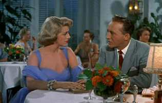 Bing Crosby, and Rosemary Clooney in White Christmas (1954)